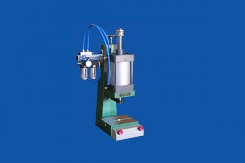 PPT系列气控压力机
