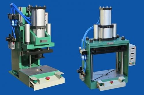 EFC系列四柱精密气动压力机